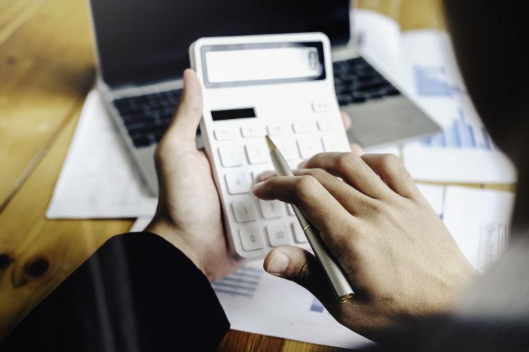 経費精算システム14選!従業員規模別にオススメを紹介